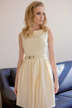 PRETTY WOMEN is a manufacturer of elegant dresses, evening dresses, occasional wholesale Poland